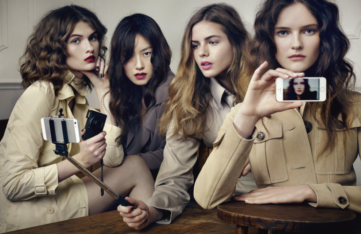 lara-mullen-lucy-evans-rosie-tapner-bydavid-slijper-for-vogue-japan-february-2015-6